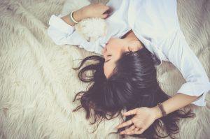 Prämenstruelles Syndrom: Einziger Ausweg Pille?! Natürliche Behandlung bei PMS 6
