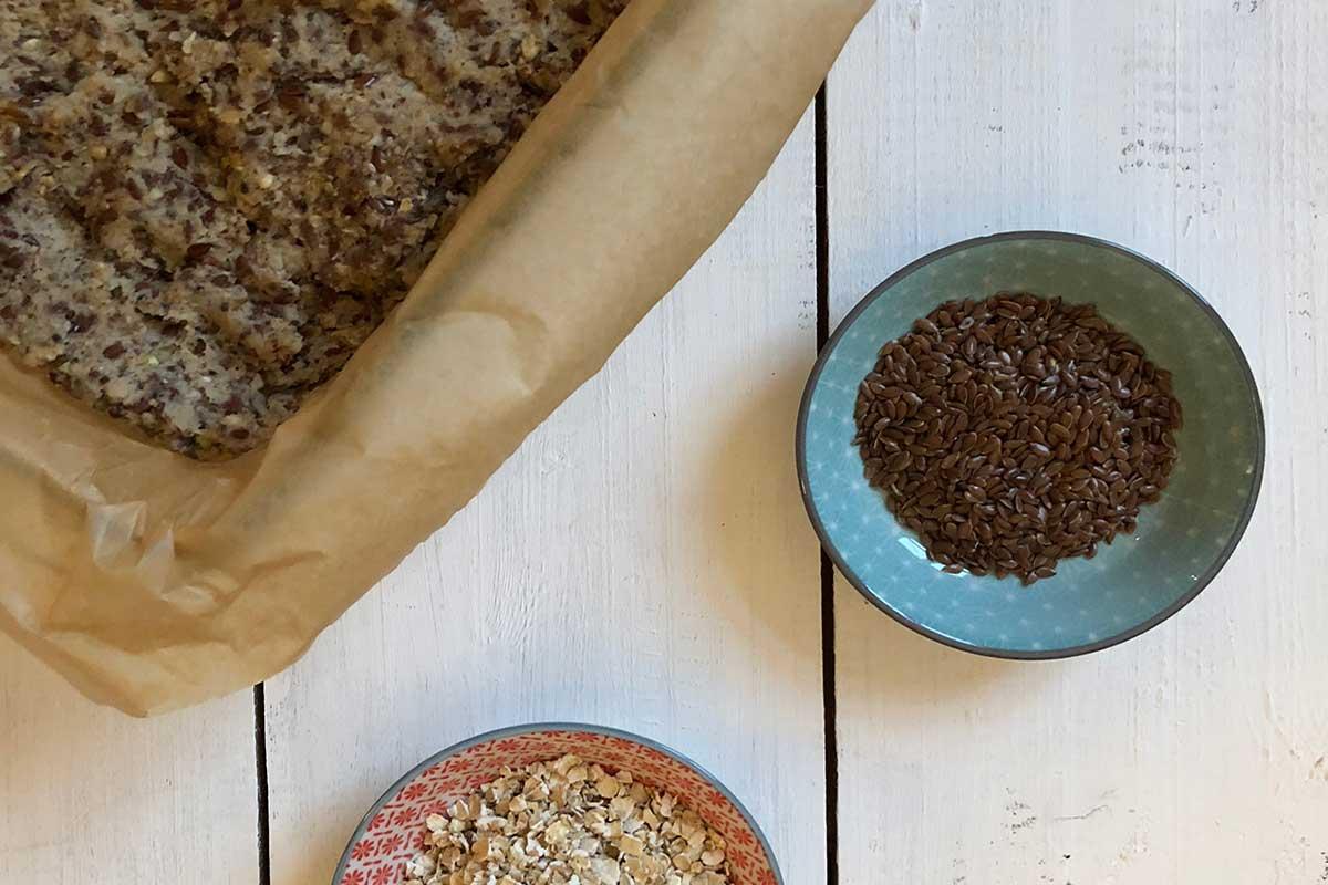 Rezept: Glutenfreies Brot aus Samen und Nüssen 1