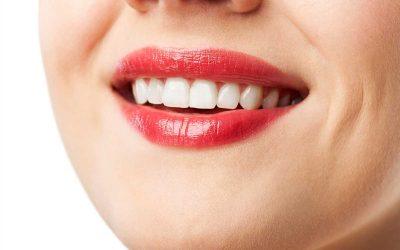 Zeig her deine Zähne: Was sie über deine Gesundheit aussagen!